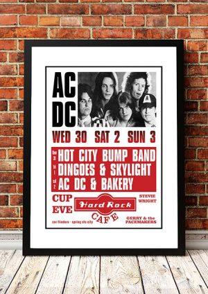 AC/DC (with Dave Evans) 'Hard Rock Cafe' Melbourne, Australia 1975